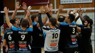 © Rennes Volley35