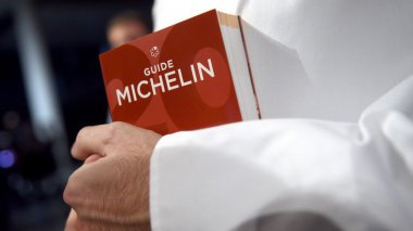 Le guide Michelin 2017. / © Maxppp