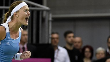 Kristina Mladenovic ce week-end lors du match de Fed Cup France-Russie. / © JEAN-PHILIPPE KSIAZEK / AFP