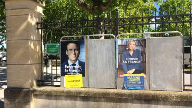 Affiches Le Pen - Macron second tour de l'élection présidentielle 2017 / © France 3 LR
