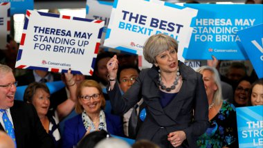 La Première ministre conservatrice Theresa May en campagne / © STEFAN WERMUTH / POOL / AFP