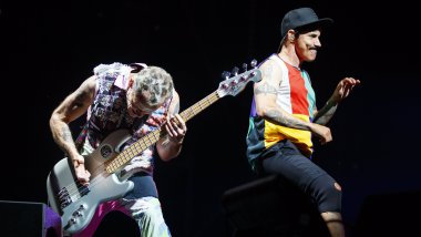 Les Red Hot Chili Peppers, groupe de rock californien. / © VALENTIN FLAURAUD/EPA/MaxPPP