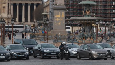 Des voitures sur la place de la Concorde à Paris (image d'illustration). / © PHOTOPQR/LE PARISIEN/MAXPPP