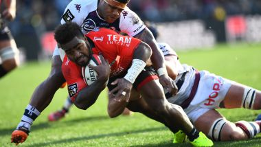 Le Toulonnais Josua Tuisova marque un essai contre Bordeaux-Bègles, le 27 janvier au Stade Mayol / © ANNE-CHRISTINE POUJOULAT / AFP