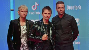 Le groupe anglais Muse sur le tapis rouge des MTV Europe Music Awards, le 4 novembre 2018. / © AFP/Ander Gillenea