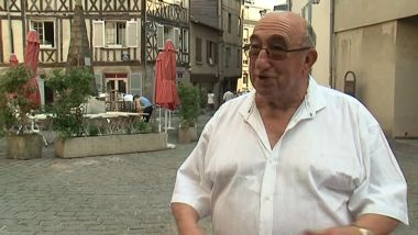 Jean-Pierre Morlon, en 2013, place Fontaine-des-Barres, à Limoges / © France 3 Limousin