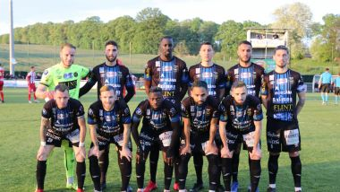 L'effectif du FCCO avant le match contre Dunkerque, le 9 mai 2019. / © Dominique Touchart /LE COURRIER PICARD/MAXPPP