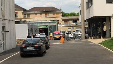 Des membres du RAID interviennent à l'hôpital Avicenne alors qu'une patiente menace de se suicider. / © France 3 Paris - Île-de-France