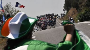 Un fan attend le peloton - Photo d'illustration / © JEFF PACHOUD / AFP.