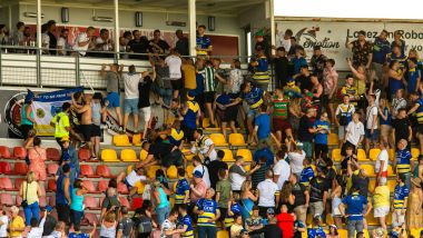 Perpignan - pugilat dans les tribunes du stade Brutus lors du match de Super league entre les Dragons catalans et Warrington - 3 août 2019. / © Nicolas Parent maxppp