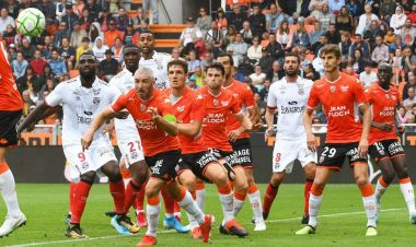 6e journée de Ligue 2 : FC Lorient / Guingamp au stade du Moustoir / © Maxppp - Photo PQR - Le télégramme - N. Créach