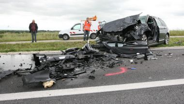 PHOTO D'ILLUSTRATION D'UN ACCIDENT DE LA ROUTE QUI N'A FAIT QUE DES BLESSES MALGRE LA VIOLENCE DU CHOC / © PHOTOPQR/EST ECLAIR /JEROME BRULEY