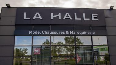 Photo illustration magasin La Halle / © Philippe Renault MAXPPP