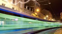 Photo tramway grenoble nuit