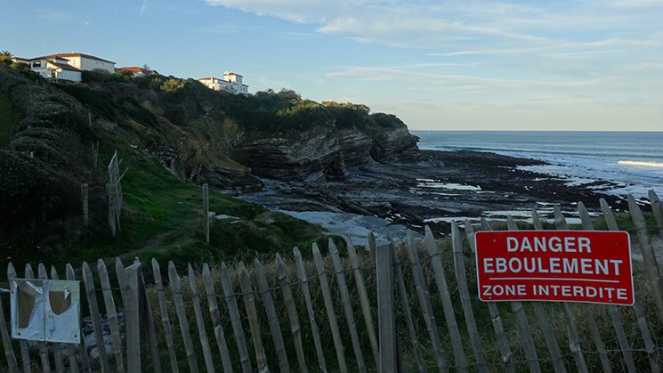 Falaises en péril ou quand l'érosion menace la côte basque