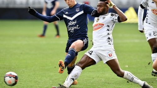 Ligue 1 : Les Girondins s'imposent face à Angers (2-1)